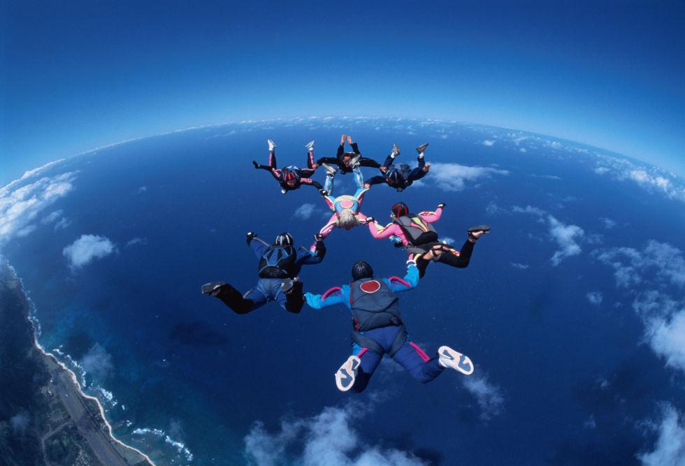 跳傘的圖片搜尋結果
